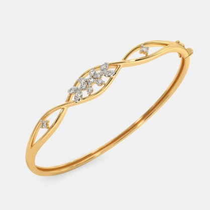 The Esmeralda Oval Bangle