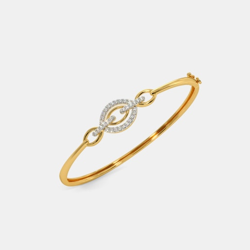 The Yashasvi Oval Bangle
